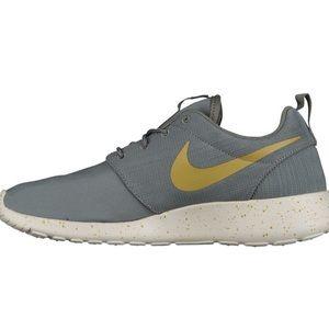 Nike Roshe One SE Mens
